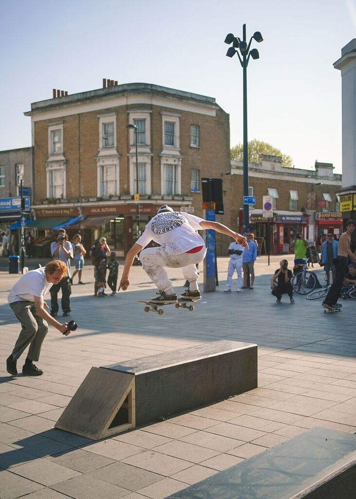 Beyond Skateboarding Deptford Image cam Barr Wallie